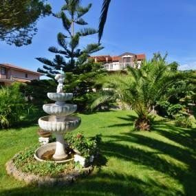 Villa fronte mare in vendita Albenga-Ceriale